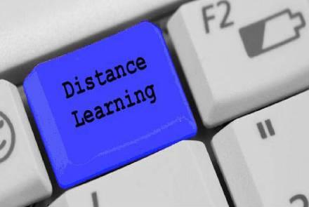 Cele 8 avantaje ale studiului online