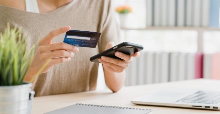 plata cu cardul de pe telefonul mobil