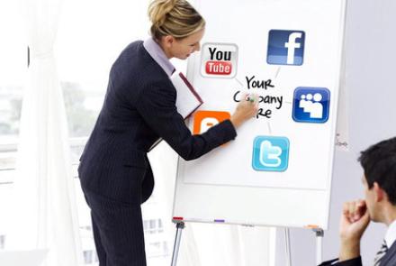 Cele 5 reguli de comportament ale managerilor PR reţelele de socializare