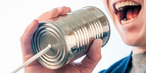construirea de relații cu consumatorii
