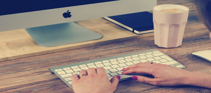 lucru pe tastatură