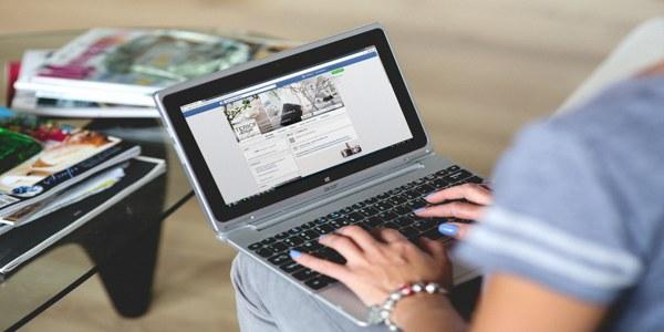Companii in social media